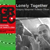 Lonely together, de Roberto Olivan de la Iglesia y Gregory Maqoma