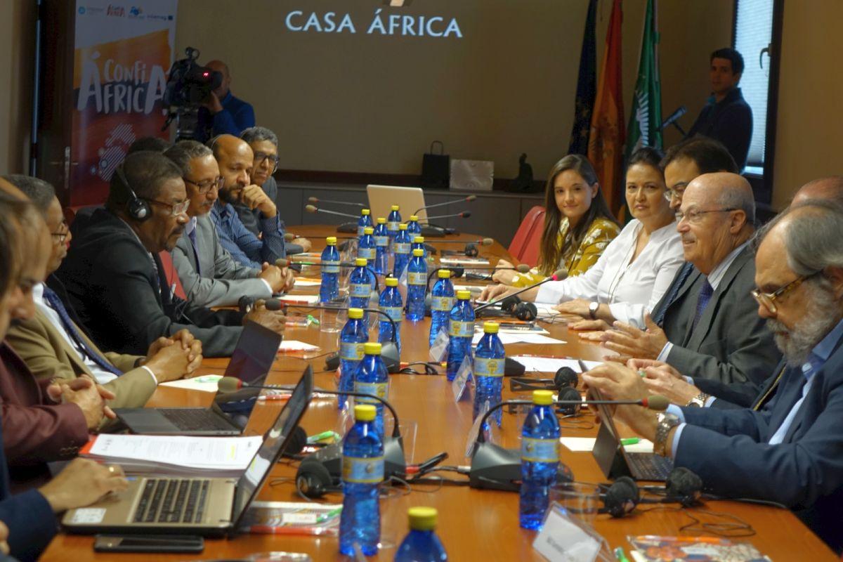 Una delegación de responsables del sector sanitario mauritano se reúne en Casa África