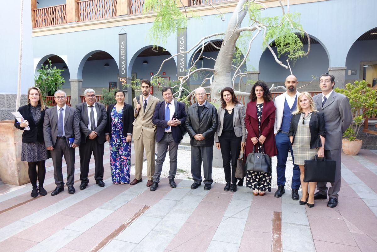 Casa África recibe una delegación de funcionarios marroquíes encargados de la seguridad en los transportes de mercancías peligrosas