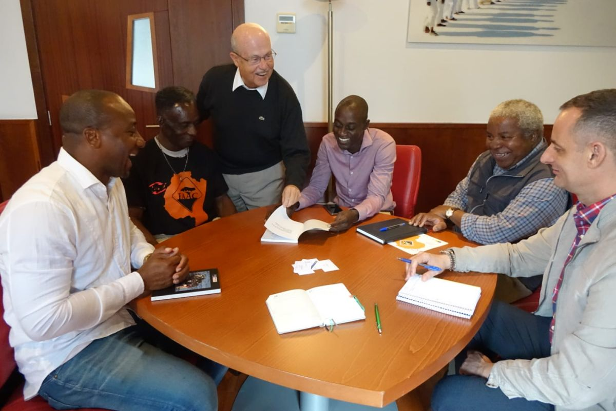 El director general de Casa África se reúne con la Federación de Asociaciones Africanas en Canarias