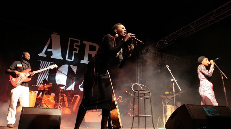 Casa África aporta la fuerza de Njaaya y el ritmo de Africa Dance Set a la fiesta de Dakar en La Mercè