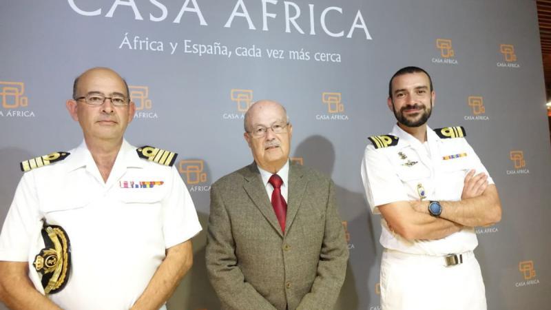La Armada española construye capacidades y comunicación en el Golfo de Guinea