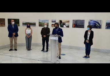 Inauguración de la exposición Africa(nos) en el Parlamento de Canarias