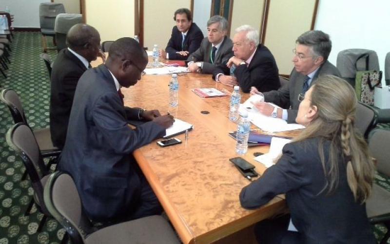 Casa África en Argelia con el ministro Margallo en la cumbre de países no alineados
