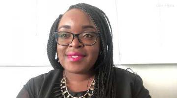 Tatianna Lukama Binda en el 12º Encuentro de Sociedad Digital y Biblioteconomía