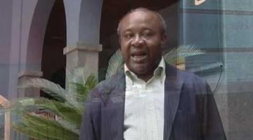 Donato Ndongo, en el Club de Lectura de Casa África