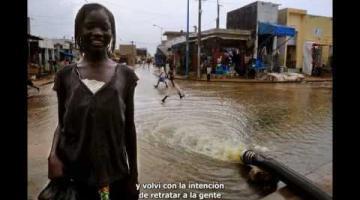 Vivir con los pies bajo el agua / Vivre les pieds dans l'eau - Elise Fitte-Duval