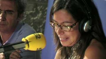 Àngels Barceló y su 'Hora 25', en Casa África