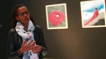 Entrevista a Aida Muluneh, fotógrafa etíope