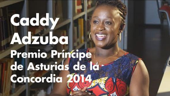 Entrevista a Caddy Adzuba (resumen) / Interview avec Caddy Adzuba (résumé)