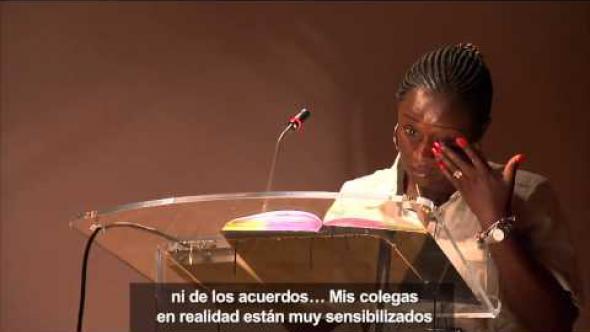 Ponencia de Caddy Adzuba el 23 de mayo de 2013 en la Fundación Carlos de Amberes en Madrid